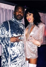 "Image2Celebrity Sighting: Ray J Spotted at Larry Flynt's Hustler Club's ""Sexxy After Dark"" Amid Kim Kardashian Divorce Speculation"