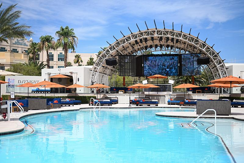 Daylight Beach at Mandalay Bay Splashes Into 2021 Pool Season Friday, March 5
