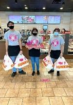 Hospital-Donations-Dunkin-Staff