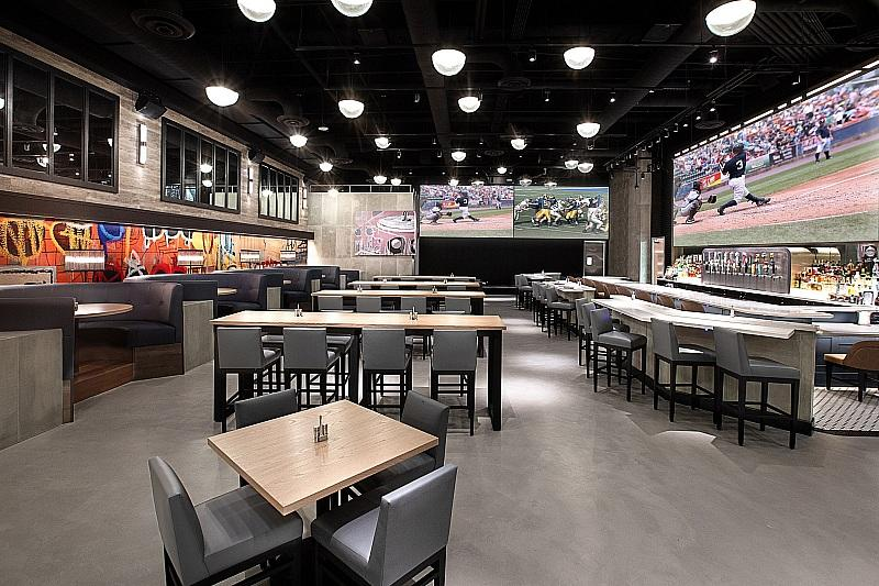 The STRAT Hotel, Casino & SkyPod to Host UFC 259 Viewing Party