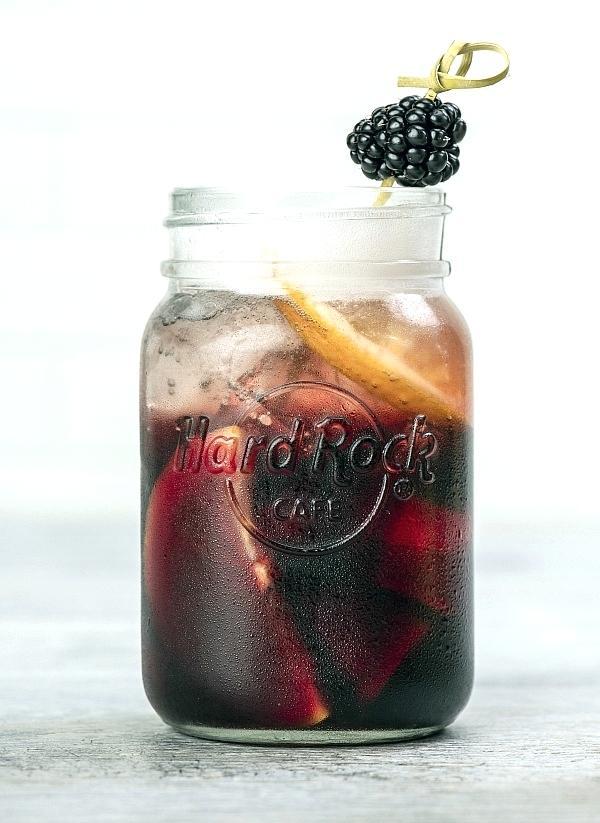 Sparkling Blackberry Sangria
