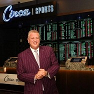 Derek-Stevens-CEO-of-Circa-Sports-at-the-Circa-Sports-Tuscany-opening