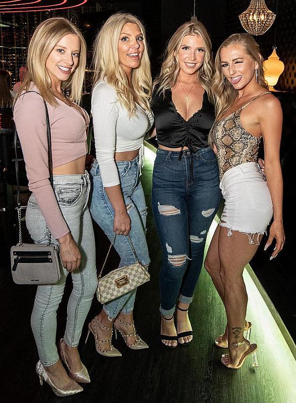 Guests at JING Las Vegas