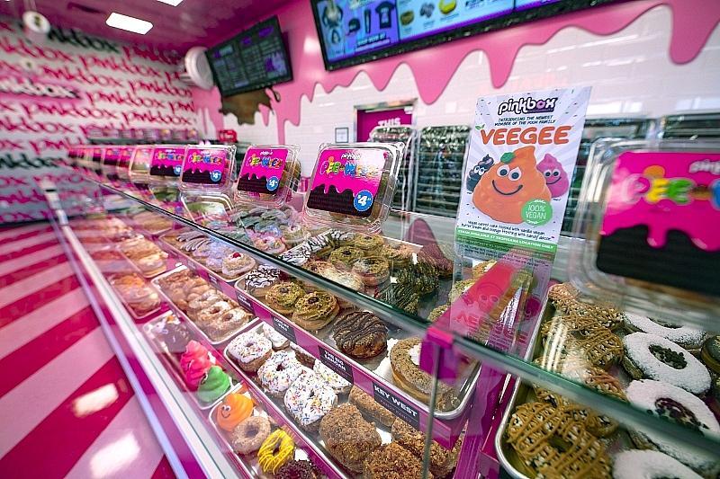 Pinkbox Doughnuts Opens First Drive-Thru Location in Las Vegas