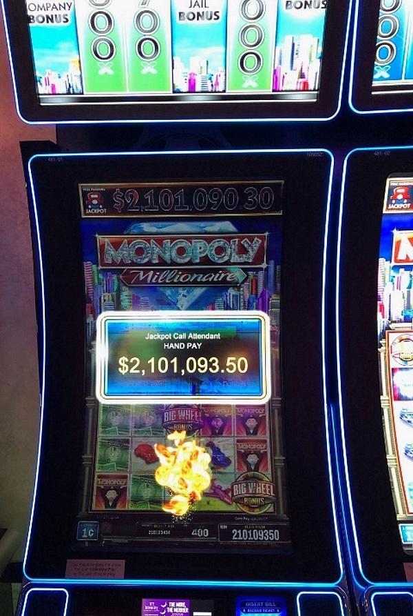 Guest Wins $2.1 Million Jackpot At The Cosmopolitan of Las Vegas
