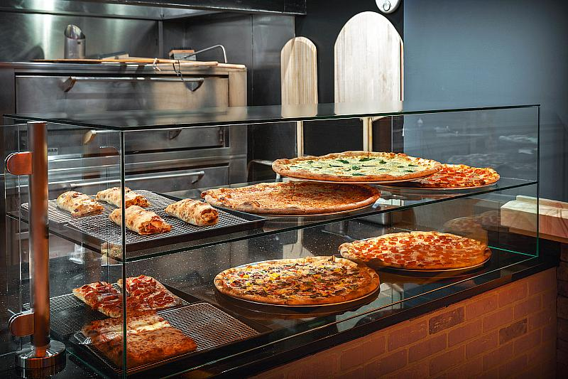 Side Piece Pizza at Red Rock Casino Resort & Spa - Photo credit: Anthony Mair