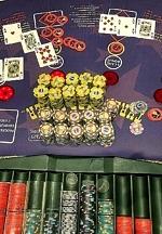 Caesars Rewards Member Hits Mega Progressive Jackpot on Three Card Poker for $1.3 Million at Harrah's Las Vegas