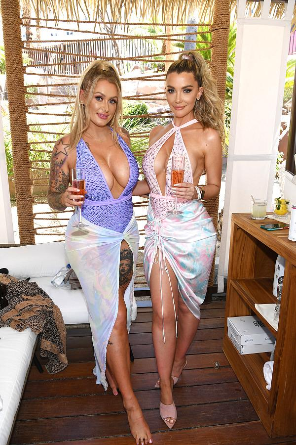 Laura Sella and Emily Sears - Photo credit - Getty Images