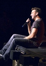 The Cosmopolitan of Las Vegas Welcomes Comedian Dane Cook to The Chelsea, Aug. 21
