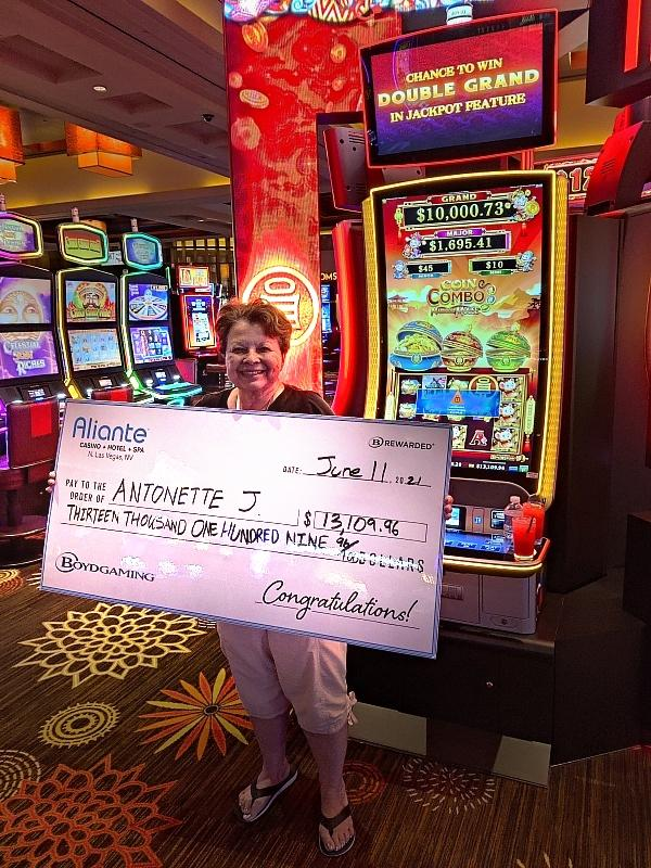 Antonette, who recently enjoyed a staycation atAliante, visited the property on June 11 and scored amore than$13,000jackpoton a Coin Combo slot game