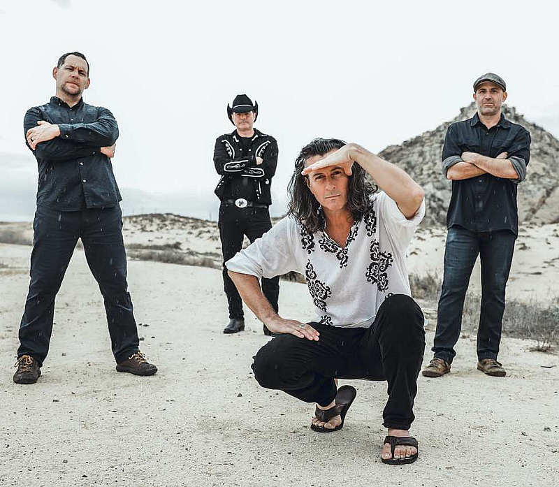 Arizona-based rock-n-roll band Roger Clyne & The Peacemakers