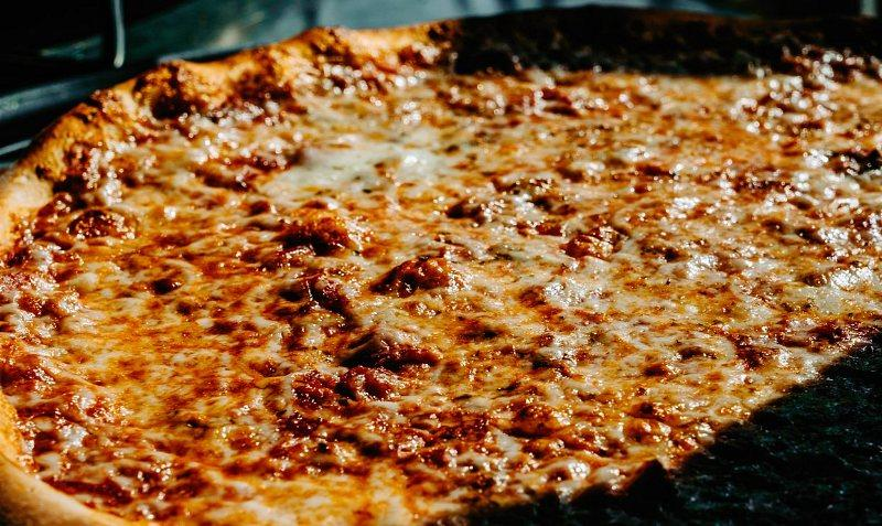 National Cheese Pizza Day 2021