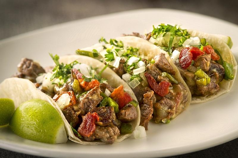 Alambre Tacos (Photo by Peter Harasty)