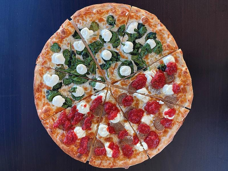 Landini's Pizzeria to Make Sundays Sparkle with Buy One, Get One Free Prosecco