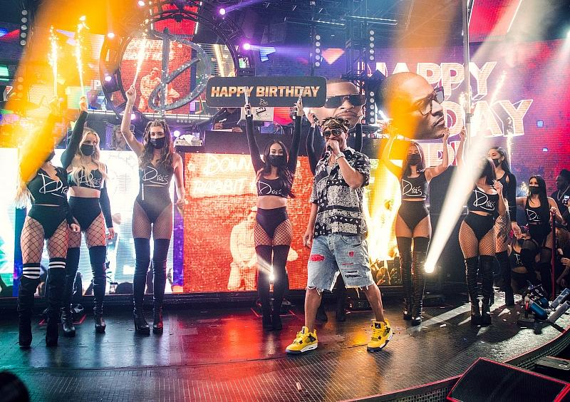 TIP Celebrates 41st Birthday at Drai's Beachclub • Nightclub with Spectacular Drai's LIVE Performance